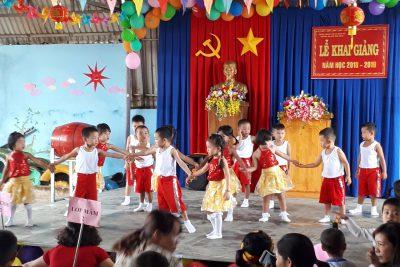 Hân hoan chào đón ngày hội đến trường của trẻ, khai giảng năm học mới 2018 -2019 .